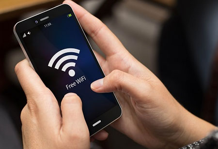 What Kind of Benefits In-Flight Wi-Fi Offers?